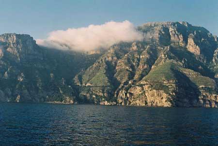 Das ist also die Amalfi Küste vom Wasser aus gesehen